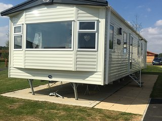 Superior luxury 3 bedroom caravan For Hire - Tattershall vacation rentals
