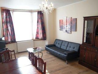 Comfortable 1 bedroom Vacation Rental in Dumbarton - Dumbarton vacation rentals