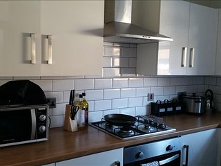 Beautiful 1 bedroom Doncaster Condo with Internet Access - Doncaster vacation rentals