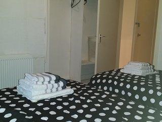 1 bedroom Condo with Television in Glasgow - Glasgow vacation rentals