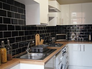 Bright Condo with Internet Access and Microwave - Doncaster vacation rentals
