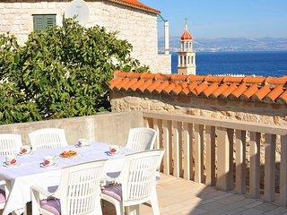 Romantic 1 bedroom Condo in Sutivan with Balcony - Sutivan vacation rentals