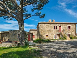 Spacious dog-friendly retreat near Montalcino with WiFi and a shared pool! - Montalcino vacation rentals