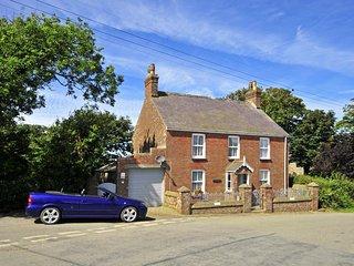 Perfect 3 bedroom Llanrhian Cottage with Internet Access - Llanrhian vacation rentals