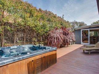 Back Beach Spa Retreat - Blairgowrie vacation rentals