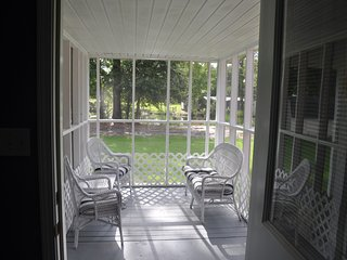 Lovers Lane Oasis Cottage..comfort near everything - Long Beach vacation rentals