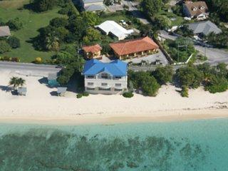 Calypso Cove #6 (studio) - West Bay vacation rentals