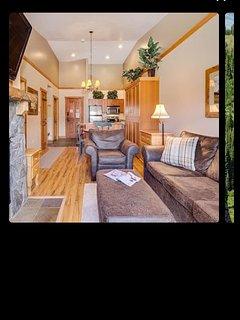 1 bed/2 bath, sleeps 6 walk to slopes & village - Keystone vacation rentals