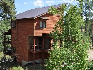 Heart of Gold Lodge - United States vacation rentals