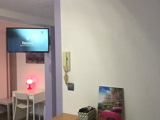 Studio N°3 tout équipé centre ville pour 2 perso - La Roche-sur-Yon vacation rentals
