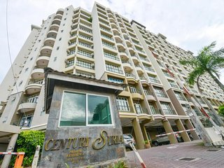 Comfortable Condo with A/C and Satellite Or Cable TV - Kuah vacation rentals