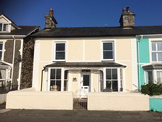 Glan-Y-Don -  Sea Front House, Borth-Y-Gest - Borth-y-Gest vacation rentals
