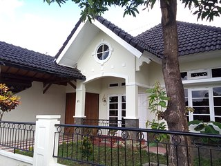 Dtradisi Tamara Homestay Yogyakarta Indonesia - Sleman vacation rentals