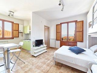 Monolocale Castello Le Case Del Borgantico - Eboli vacation rentals