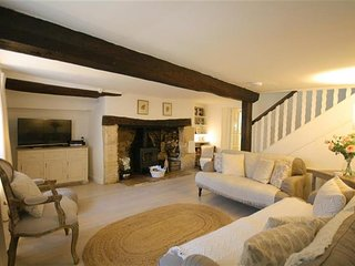 Providence Cottage, Burford (sleeps 8) - Swinbrook vacation rentals