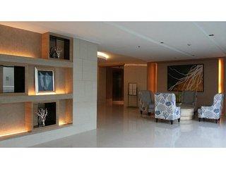Comfy Flat (mall of Asia) 1 - near airport, makati - Pasay vacation rentals