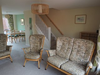Fabulous location near Beach, Park & Village - Rustington vacation rentals