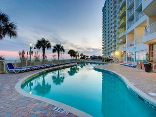 Beautiful 2bd/2ba Oceanfront Condo - North Myrtle Beach vacation rentals