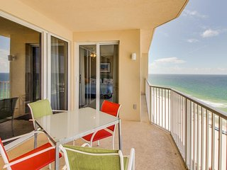 Oceanfront condo w/shared pool & hot tub and room for eight - Panama City Beach vacation rentals