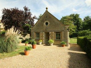 Garden Cottage, Black Bourton, near Burford - Bampton vacation rentals