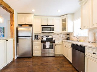 Immaculate House Downtown Boca Raton - Boca Raton vacation rentals