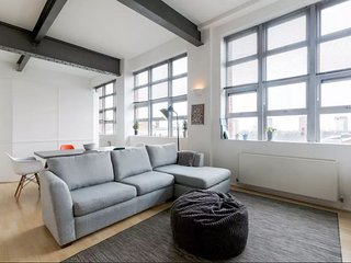 Gorgeous Loft in Jewellery Quarter! - Birmingham vacation rentals