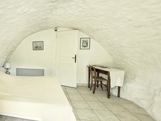 Romantic 1 bedroom Saint-Maurice-d'Ibie Bed and Breakfast with Internet Access - Saint-Maurice-d'Ibie vacation rentals
