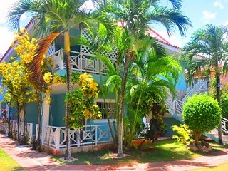 NICE AFFORDABLE STUDIO WITH PATIO, BEACH AT 70m-M7 - Santo Domingo vacation rentals