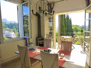 JdV Holidays Old Savonnerie 2,  one bedroom apartment walking to town great view - Vence vacation rentals