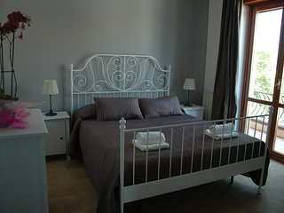 3 bedroom Bed and Breakfast with Internet Access in Santa Maria delle Mole - Santa Maria delle Mole vacation rentals