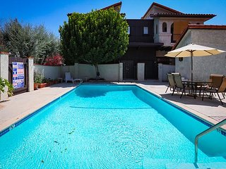 Chef-Owned Encino Duplex – Shop, Sunbathe and See the Hollywood Sights - Bell Canyon vacation rentals