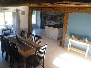Gite pour 5 personnes, WIFI, poele,  barbecue, cuisine aménagée, TV 98cm - Litteau vacation rentals