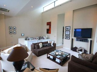 Cheapest modern apartment in Manchester - Manchester vacation rentals