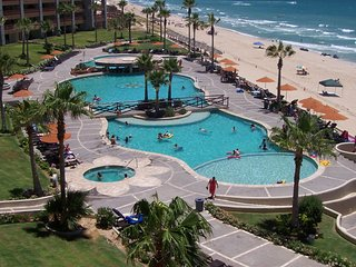 2 bedroom Apartment with Elevator Access in Puerto Penasco - Puerto Penasco vacation rentals