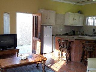 11GnuStraat - ideal for short or long city breaks - Windhoek vacation rentals