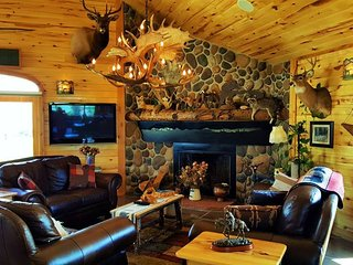 Come experience Wyoming in this western home! - Cody vacation rentals