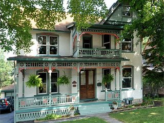Victorian Loft - Riverfront in Historic District - Clearfield vacation rentals
