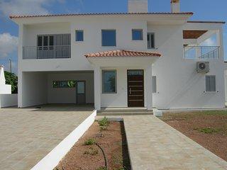 5 bedroom Villa with Internet Access in Kissonerga - Kissonerga vacation rentals