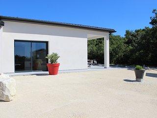 Villa - Piscine - 8 personnes - Drome Provencale - La Garde-Adhemar vacation rentals