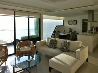 Comfortable 2 bedroom Manta Apartment with Internet Access - Manta vacation rentals