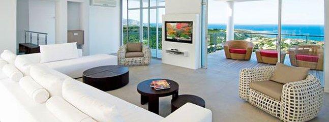 Villa La Mirella 4 Bedroom SPECIAL OFFER Villa La Mirella 4 Bedroom SPECIAL OFFER - Image 1 - World - rentals