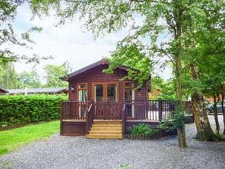 CHARLIE'S LODGE detached lodge on Whitecross Bay, en-suite, open plan, on-site facilities, Troutbeck Bridge, Ref 941620 - Troutbeck Bridge vacation rentals