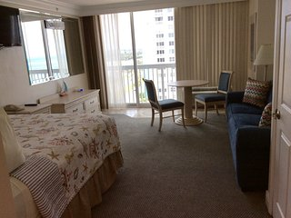 Daytona Beach Resort 9th floor - Daytona Beach vacation rentals