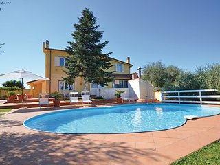 3 bedroom Villa in Roma, Latium Countryside, Italy : ref 2186661 - Gallicano nel Lazio vacation rentals