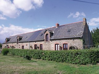 6 bedroom Villa in Eance, Ille And Vilaine, France : ref 2220814 - Martigne-Ferchaud vacation rentals