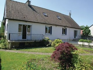 6 bedroom Villa in Regniere Ecluse, Somme, France : ref 2220755 - Bernay-en-Ponthieu vacation rentals