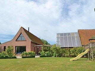 5 bedroom Villa in Arques, Nord-pas-de-calais, France : ref 2221814 - Arques vacation rentals
