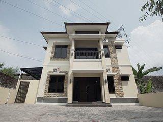 Pradjna Guesthouse Yogyakarta Indonesia - Sleman vacation rentals