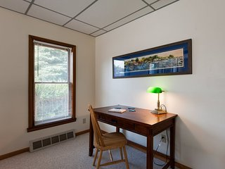 On The Parkway. Prime Location. Very Close to South Beach and Kids Corner. - South Haven vacation rentals