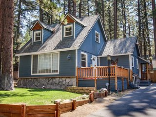Dog-friendly with a separate cottage & private hot tub! Perfect location! - South Lake Tahoe vacation rentals